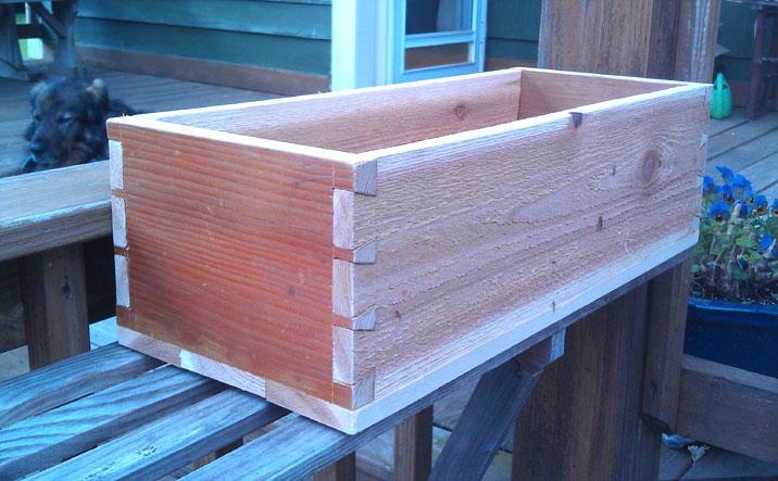 Dovetail Planter Box